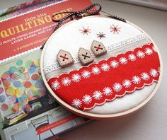 Christmas embroidery hoop art by wink designs, via Flickr