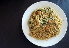 Spaghetti with garlic, oil, chili, anchovies, capers and parsley Chilled Soup, Seafood Soup, Summer Fresh, Tasty, Yummy Food, Grilled Meat, Eating Well, Entrees, Vegetarian Recipes