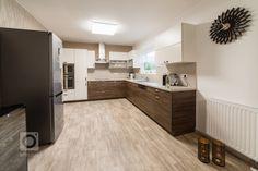 kuchyně, bílá, moderní, dřevo, Iteriér v novostavbě