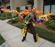 People Who Are So Totally Over This S This guy is so over nerf guns not being an acceptable accessory.This guy is so over nerf guns not being an acceptable accessory. Arma Nerf, Pistola Nerf, Cool Nerf Guns, Nerf Mod, Nerf Party, Popular Memes, Funny Memes, Hilarious, Stupid Memes