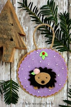 Felt Woodland Ornament Tutorials, now including free patterns to make your own hedgehog, fox, monkey, pig, deer, raccoon and owl.
