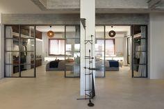 Gallery of Industrial Loft in Athens / Konstantinos Pittas - 4