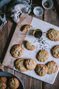 earl grey chocolate chip cookies | designlovefest