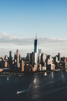 1WTC by Jon Trend - The Best Photos and Videos of New York City including the Statue of Liberty, Brooklyn Bridge, Central Park, Empire State Building, Chrysler Building and other popular New York places and attractions.