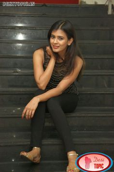 Actress Hebah Patel New Photos Check more at http://desitopic.in/celebrities/tollywood/actress-hebah-patel-new-photos/