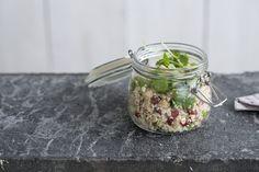 Taboulé van bloemkool met kikkererwten en granaatappel • Nooit meer diëten