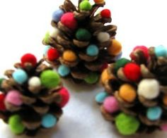 """DIY : Pine cone christmas tree - would be cute to hang them from string, maybe different lengths in upside down """"V"""" shape (in shape of tree), to hang from ceiling"""