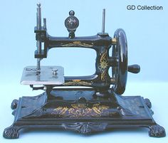 ❤✄◡ً✄❤ The Muller 12 was one of this company's most practical chain stitch models. Its large spreading base makes it particularly suitable for serious work. - http://www.dincum.com/library/libraryimages/lib_muller12.jpg