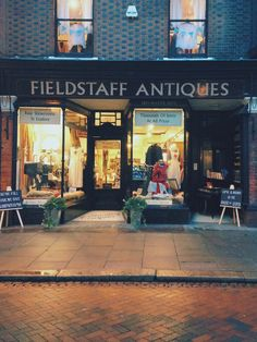 Fieldstaff Antiques in Rochester, Medway