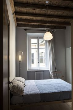 Old Milan apartment with reconditioned rustic interiors  (8)