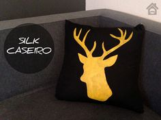 Estampa para Almofada, faça Você Mesmo! Silk caseiro - Stencil cabeça de alce com molde Ideias Diy, Cute Pillows, Diy Toys, Diy Hacks, E Design, Fabric Crafts, Dyi, Diy And Crafts, Nerd