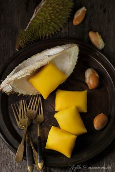 durian crepe by masam manis