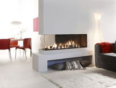 Contemporary double-sided fireplace