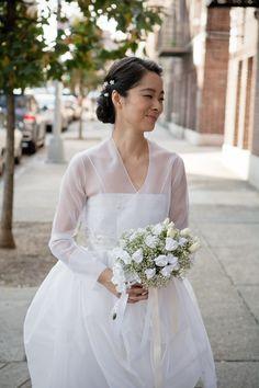 Modest Wedding Dresses, Bridal Dresses, Korean Wedding Hair, Korean Wedding Traditions, Hanbok Wedding, New York Bride, Modern Hanbok, Royal Weddings, White Bridal
