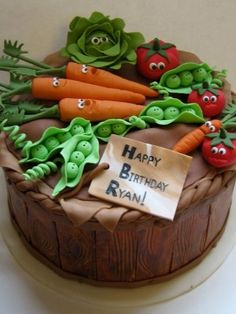 Vegetable Garden Cake with cute character veggies! Veggie Cakes, Food Cakes, Cute Cakes, Pretty Cakes, Fondant Cakes, Cupcake Cakes, Vegetable Garden Cake, Vegetable Gardening, Allotment Cake