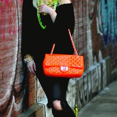 When spring approaches it's time to start accessorizing colorfully once more!  That means orange bags! Green necklaces! Shiny bracelets!  All at once!