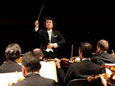 Em seu terceiro concerto do ano, a Orquestra Sinfônica de Porto Alegre (OSPA) se apresenta ao lado do maestro sul-coreano Shinik Hahm. O concerto acontece no dia 25 de março, nos palcos do Theatro São Pedro, às 20h30. Os ingressos custam até R$40.