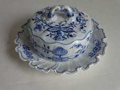 Antique BLUE ONION Meissen Porcelain Covered Cheese Dish Crossed Swords on Tree