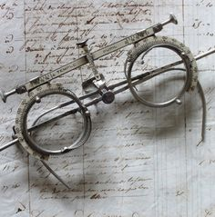 Antique Vintage Optometrist Trial Lens Frames | More vintage lusciousness here: http://mylusciouslife.com/photo-galleries/vintage-style-lovely-nods-to-the-past/