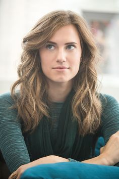 Allison Williams - After a big 2014, including the titular role in Peter Pan Live! and getting engaged, it seems like Allison Williams is taking the rest of 2015 easy. We imagine her playing with her new puppy and fastidiously planning her wedding.