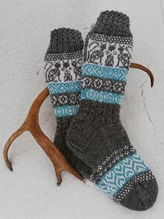 Ravelry: Talvitassut pattern by Sanna Hepo-oja Knitting Projects, Crochet Projects, Knit Leg Warmers, Knit Picks, Knitting Socks, Fingerless Gloves, Mittens, Snug, Ravelry