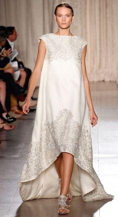 vestido novia corto por delante Marchesa