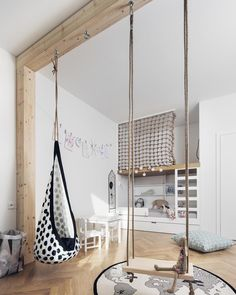 This room looks like oh so much fun! From the swing to the climbing net, my kids would go nuts up in here! Happy Thursday night lovelies xx. Stunning design and styling by @flatwhitearchi with photography by @ondrejrytir. #kidsroom #kidsdecor #kidsinterior #kidsinteriordesign #indoorswing #childrensbedroom #childrensinterior