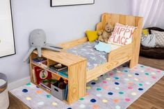 New Baby Diy Nursery Toddler Bed Ideas Cool Toddler Beds, Toddler Stuff, Kid Stuff, Baby Nursery Diy, Babies Nursery, Diy Baby, Nursery Ideas, Diy Superhero Costume, One Bed