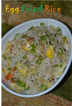 Egg fried rice is a very simple and popular indo chinese recipe. It can be prepared in a jiffy if you have cooked rice ready. Lunch Box Recipes, Rice Recipes, Soup Recipes, Cooking Recipes, Healthy Recipes, Recipies, South Indian Snacks Recipes, South Indian Vegetarian Recipes, Asian Recipes