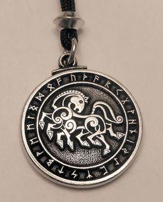 Viking Pendant Horse Rune Necklace - Warrior ODIN'S Sleipnir Runic Pendant Norse Amulet