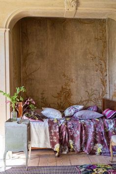Designers Guild create inspirational home décor collections and interior furnishings including fabrics, wallpaper, upholstery, homeware & accessories. Home Bedroom, Bedroom Decor, Living Colors, Tricia Guild, Dream House Interior, Bohemian Interior, Purple Interior, Designers Guild, French Decor