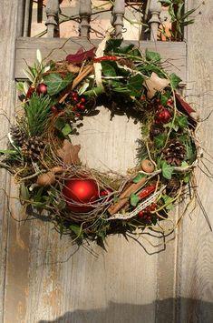 "Wreaths - wreath door wreath ""Christmas red"" - a designer piece by kleineGartenw . - Wreaths – wreath door wreath ""Christmas red"" – a unique product by kleineGartenwerkstatt on DaW - Country Christmas Decorations, Rustic Christmas, Xmas Decorations, Christmas Art, Simple Christmas, Winter Christmas, Christmas Wreaths, Advent Wreaths, Christmas Tables"