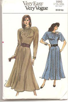 Patron Vogue 9960 - 1980' - Robe - Very Easy Very Vogue - Taille 6-8-10 - patron de couture rétro mode vêtements patron neuf de la boutique aBirdOnMyHead sur Etsy