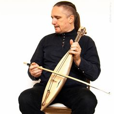 Shichepshin. Traditional Circassian Adyghe bow instrument
