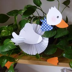 Duck Crafts, Animal Crafts, Easter Crafts, Diy For Kids, Crafts For Kids, Arts And Crafts, Goose Craft, Catholic Crafts, All Souls Day