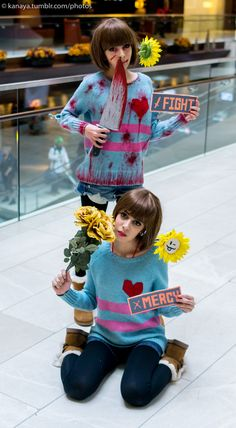 Undertale -- Chara and Frisk cosplay Anime Cosplay, Epic Cosplay, Cute Cosplay, Cosplay Makeup, Amazing Cosplay, Cosplay Outfits, Halloween Cosplay, Cosplay Costumes, Halloween Costumes
