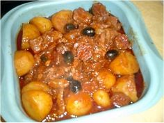 Sautéed veal from Lisbon: the easy recipe it's a great recipe - Recipes Easy & Healthy Portuguese Sweet Bread, Portuguese Recipes, Portuguese Food, Great Recipes, Dog Food Recipes, Favorite Recipes, Veal Stew, Food Categories, Mediterranean Recipes