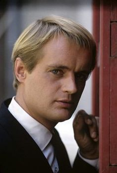Young David McCallum.  I love the episode of NCIS when someone asked, I wonder what Ducky looked like when he was young and Gibbs says Ilia Kuriakin and turns and walks away.  Oh yeah!!!!