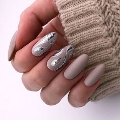 Long nails look really feminine and extremely elegant. What is your favorite nail shape? Get inspiration from our gallery of long nail shapes and matching nail designs. #longnails #nailsdesigns #nails