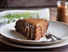this Sticky Toffee Date cake could not be easier, well maybe if you bought it. I think it can work as muffins or as a dessert, but I prefer it as a cake with strong black coffee! Sticky Toffee Cake, Date Cake, South African Recipes, Black Coffee, Easy Cooking, Great Recipes, Banana Bread, Good Food, Food And Drink