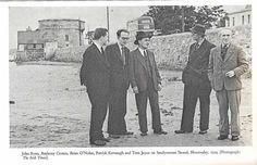 DUBLIN DOWN MEMORY LANE: Bloomsday 1954 Sandymount Strand Old Pictures, Old Photos, Vintage Photos, Photo Engraving, Dublin City, Iconic Photos, Mount Rushmore, Ireland, Memories