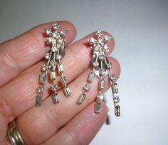Vintage WEISS Star Burst Clear Rhinestone Dangle Clip On Earrings Signed #Weiss