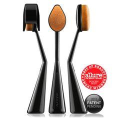 O WOW Ultimate Makeup Brush