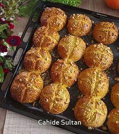 "484 Beğenme, 16 Yorum - Instagram'da Cahide Sultan (@cahide_sultan): ""Bu videoyu küçük oğlumla(16) beraber çektim. Uğraşmak o kadar hoşuna gitti ki, ""Okumayı bırakıp…"" No Gluten Diet, Fondant Flower Tutorial, Cake Recipes, Dessert Recipes, Most Delicious Recipe, No Bake Desserts, Cake Cookies, Food To Make, Brunch"