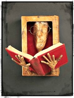 Creative Ways to Repurpose Old Books Plus Infographic - sculpture Paper Book, Paper Art, Cut Paper, Book Crafts, Paper Crafts, Altered Book Art, Book Folding, Assemblage Art, Old Books