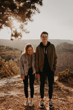 Adventure Engagement Session at the Grand Canyon in Arizona— Nicole De Anda Photography Adventure Engagement Session at the Grand Canyon in Arizona— Nicole De Anda Photography