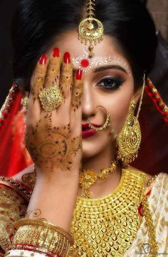 Bengali Bridal Makeup, Bengali Bride, Beautiful Black Women, Weeding, Bridal Make Up, Bridal Collection, Beauty, Fashion, Moda