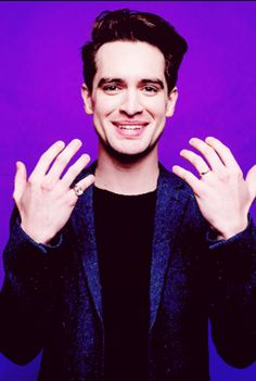 Brendon urie//panic! at the disco