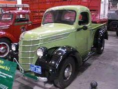 1939 International D2 Antique Trucks, Vintage Trucks, Old Trucks, Pickup Trucks, Antique Cars, International Pickup Truck, International Harvester Truck, Panel Truck, Cool Cars