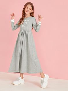 To find out about the Girls Slogan Graphic Striped Cuff Flare Dress at SHEIN, part of our latest Girls Dresses ready to shop online today! Halloween Outfits For Women, Kids Outfits Girls, Cute Girl Outfits, Cute Outfits For Kids, Kids Girls, Girls Fashion Clothes, Teen Fashion Outfits, Kids Fashion, Cute Dresses